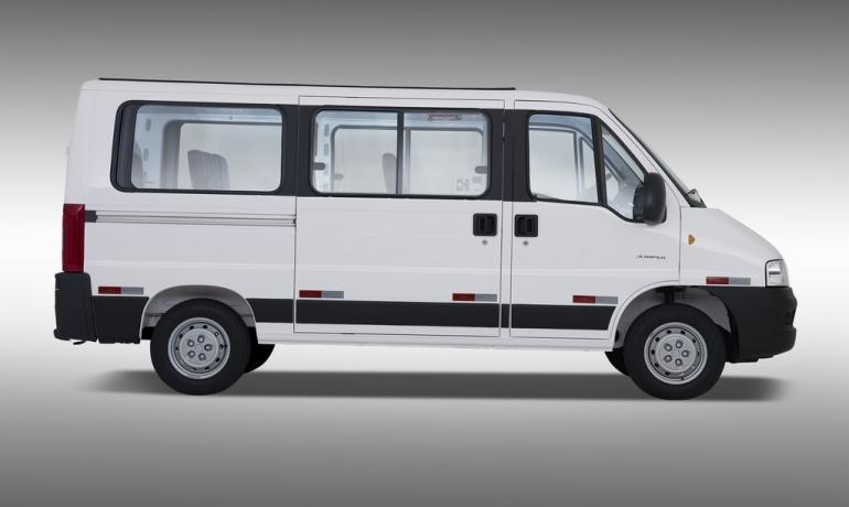 Location de minibus kilométrage illimité